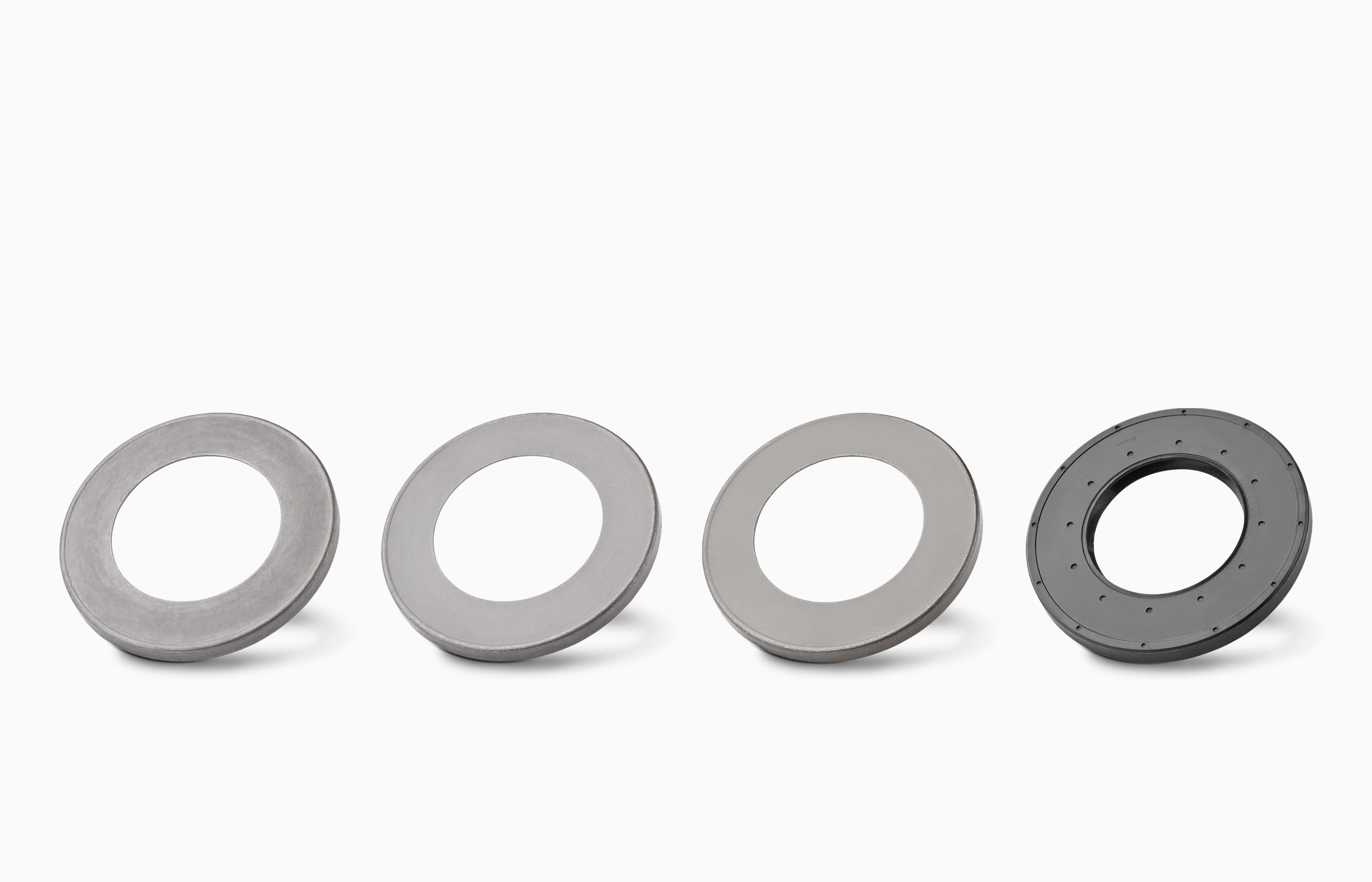 Hechtmiddelcoating van metalen onderdelen